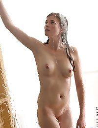 Nubiles Lara Brookes in the air shower-hot-babe