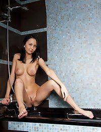 Erotic Ultra-cutie - Naturally Splendid First-timer Nudes